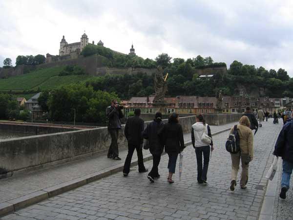 Würzburg sto opp fra asken