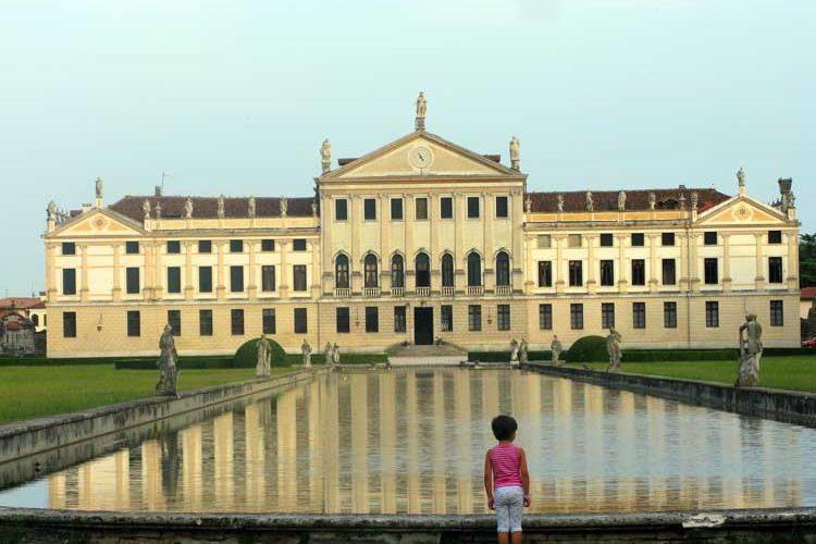 Villa med mørk historie