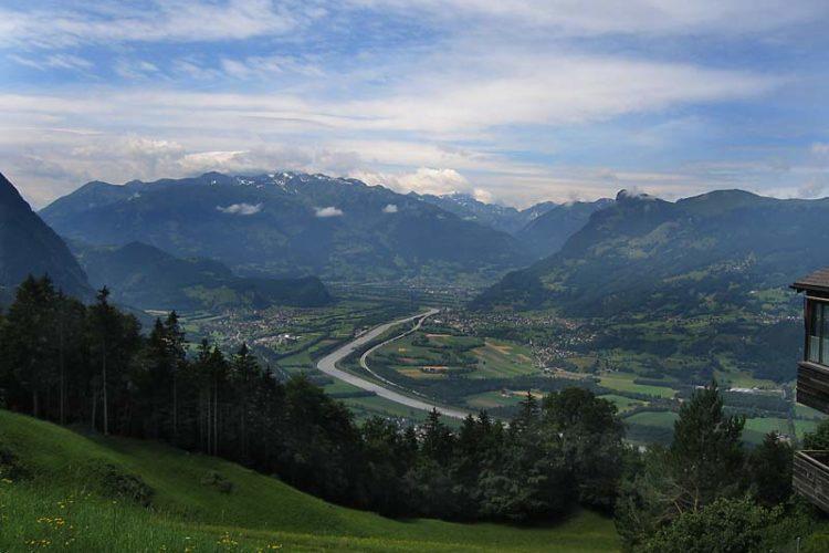 Landsbyen i skyene