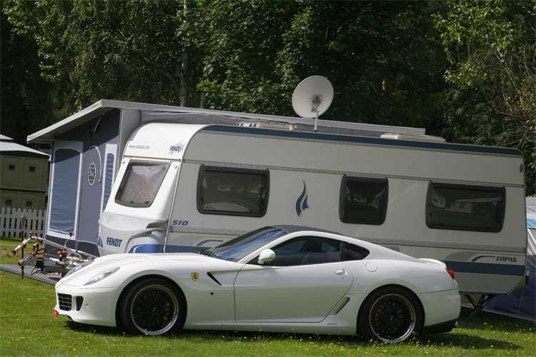Camping med Ferrari